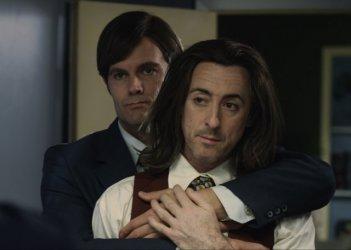 Any Day Now: Alan Cumming, Garret Dillahunt in una scena
