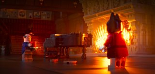 Lego Batman - Il film: Alfred e Batman in un momento del film animato
