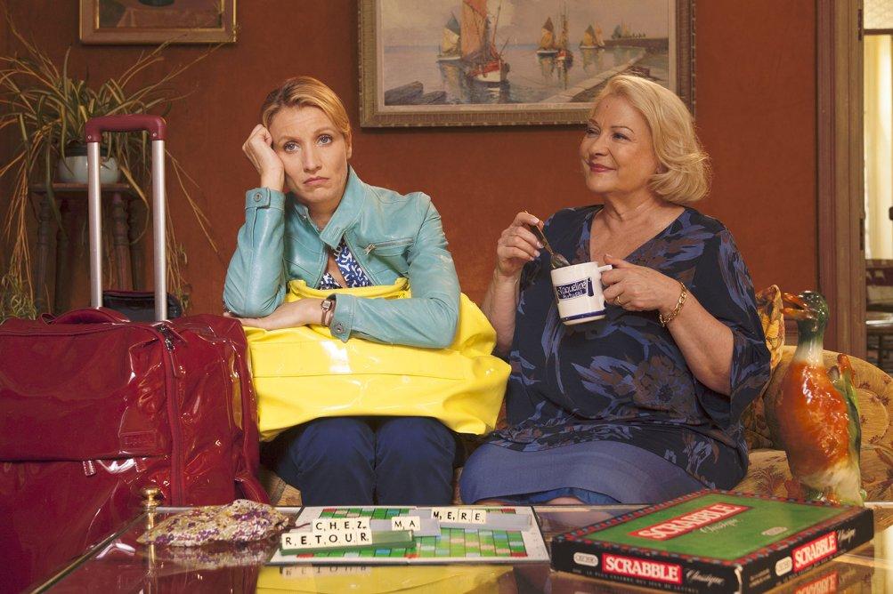 Torno da mia madre: Alexandra Lamy e Josiane Balasko in un'immagine tratta dal film