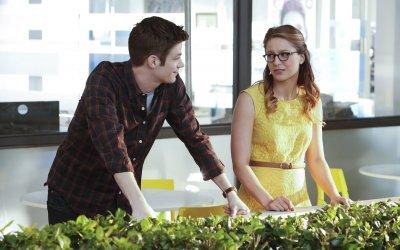 Supergirl incontra Flash: Un crossover spettacolare e divertente