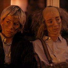 Microbo & Gasolina: Théophile Baquet e Ange Dargent a una festa in maschera in una scena del film