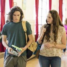 The Path: Kyle Allen e Amy Forsyth in una foto del secondo episodio