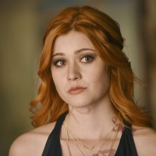 Shadowhunters: Katherine McNamara interpreta Clary nell'episodio Stella del mattino