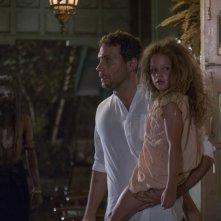 The Other Side of the Door: Sofia Rosinsky e Jeremy Sisto in una scena del film