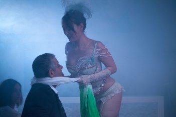 Il ministro: Jun Ichikawa e Fortunato Cerlino in una scena del film