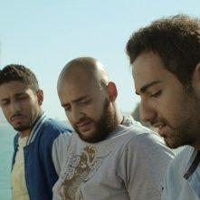 Viaggio da paura: Fadi Rifaai, Fahad Albutairi e Shadi Alfons in una scena del film
