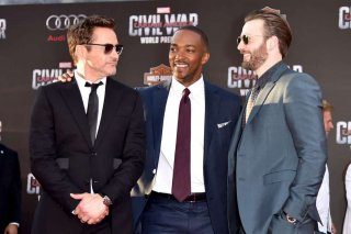 Captain America: Civil War - Robert Downey Jr., Chris Evans e Anthony Mackie insieme