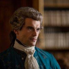 Outlander: l'attore Stanley Weber in un'immagine della seconda stagione