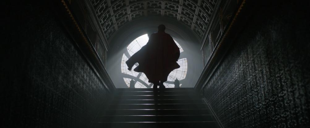 Doctor Strange: Benedict Cumbarbatch nel teaser trailer del film Marvel