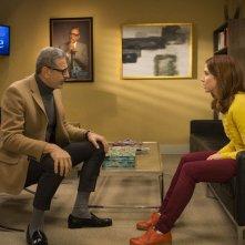 Unbreakable Kimmy Schmidt: Jeff Goldblum ed Ellie Kemper in una foto della seconda stagione