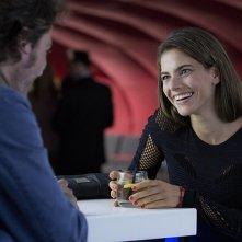 Corpo estraneo: Weronika Rosati e Riccardo Leonelli in una scena del film