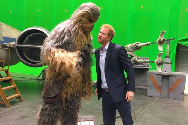 Chewbacca e Harry ai Pinewood Studios