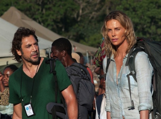 The Last Face: Javier Bardem e Charlize Theron in una scena del film