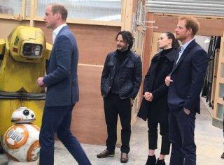 William e Harry ai Pinewood Studios