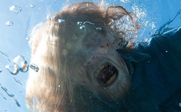 Fear the Walking Dead: un walker apparso nell'episodio Monster