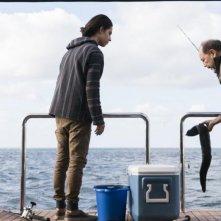 Fear the Walking Dead: Lorenzo James Henrie e Ruben Blades in un'immagine dell'episodio Monster