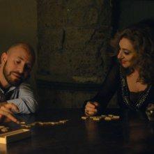 La buona uscita: Marco Cavalli e Gea Martire in una scena del film