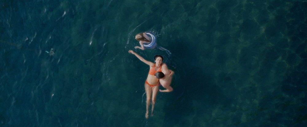 Ma Ma: Penelope Cruz in un'immagine dall'alto del film