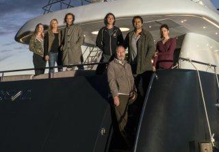 Fear the Walking Dead: i protagonisti in una foto dell'episodio We All Fall Down