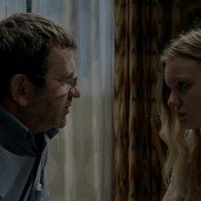 Bacalaureat: Adrian Titieni e Maria-Victoria Dragus in una scena del film