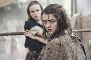 Il trono di spade: Arya in una foto tratta dalla puntata The Red Woman