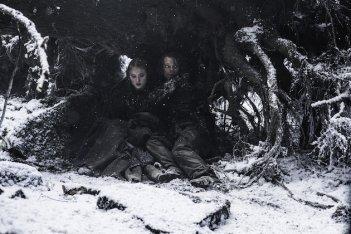 Il trono di spade: Theon e Sansa in un'immagine di The Red Woman