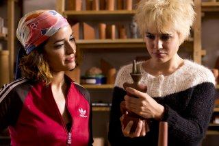 Julieta: Adriana Ugarte e Inma Cuesta in una scena del film