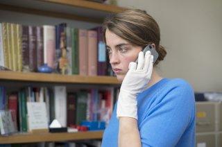 La fille inconnue: Adele Haenel in una scena del film