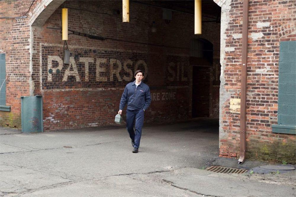 Paterson: Adam Driver in un momento del film