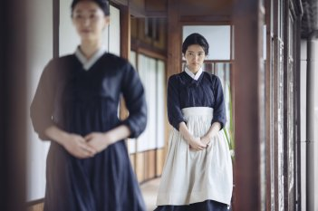 The Handmaiden: Tae Ri Kim in una scena del film
