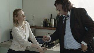 Toni Erdmann: Sandra Hüller e Peter Simonischek in una scena del film