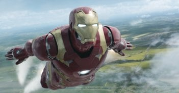 Captain America: Civil War - Iron Man in azione in una scena del film