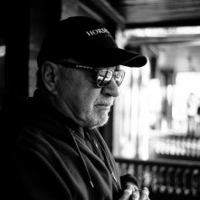 Dog Eat Dog: il regista Paul Schrader sul set