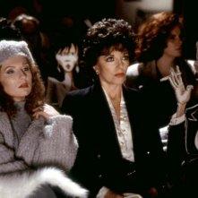 Nel bel mezzo di un gelido inverno: una scena con Joan Collins e Jennifer Saunders