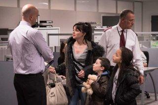 I, Daniel Blake: Hayley Squires, Briana Shann e Dylan McKiernan in un momento del film