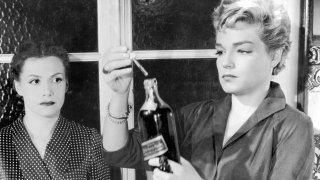 Simone Signoret e Véra Clouzot ne I diabolici