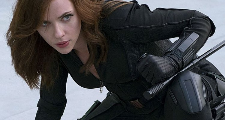 Captain America: Civil War - I fan vogliono un film su Black Widow!