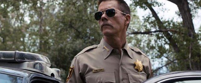 Kevin Bacon in Cop Car