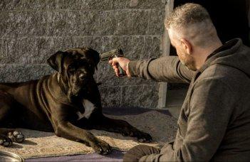 Falchi: Fortunato Cerlino in un momento del film