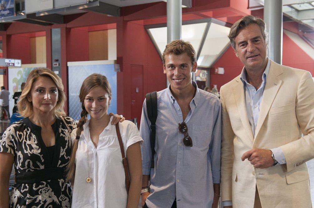 Miami Beach: Paola Minaccioni, Camilla Tedeschi, Filippo Laganà e Max Tortora in un'immagine promozionale del film