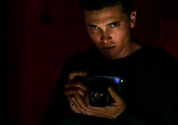 The Neon Demon: Karl Gluman in una foto del film