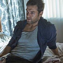 Banshee: il protagonist Antony Starr in una foto della quarta stagione