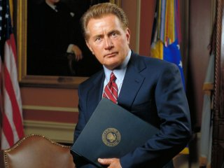 West Wing: Martin Sheen in una foto della serie