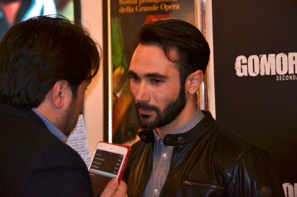 Gomorra seconda stagione: Marco Palvetti durante le interviste