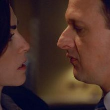 The Good Wife: Julianna Margulies e Josh Charles nell'episodio End
