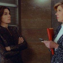 The Good Wife: Julianna Margulies e Christine Baranski nell'episodio End