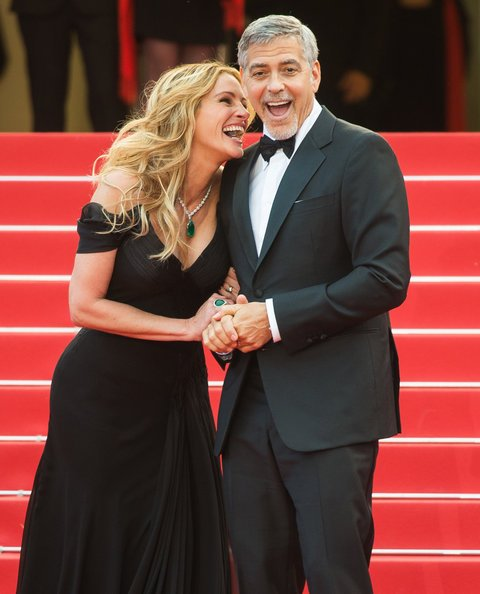 Cannes 2016: George Clooney e Julia Roberts se la ridono sul red carpet di Money Monster