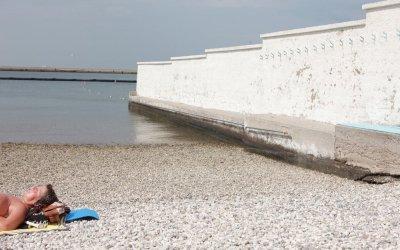 L'ultima spiaggia racconta uno degli ultimi muri d'Europa