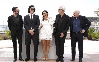 Paterson: Jim Jarmusch, Adam Driver e Golshifteh Faranahi con cani e poesia a Cannes