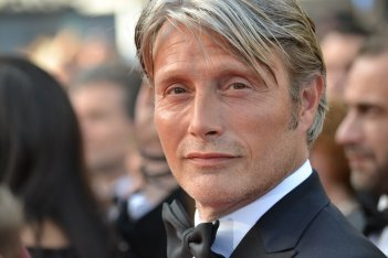 Cannes 2016: Mads Mikkelsen sul red carpet di Loving